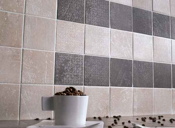 Kitchen wall tiles in Grimsby